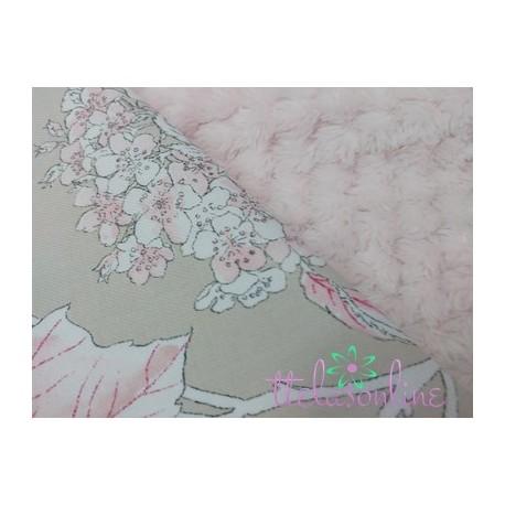 Tela minky o pelo formando rombo rosa